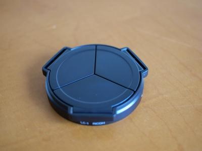 自動開閉式レンズキャップ LC-1